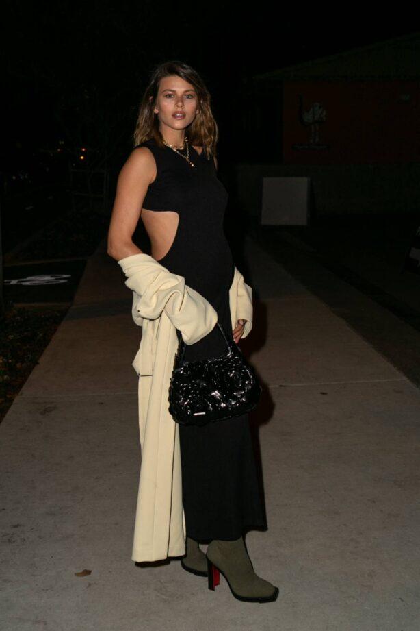 Georgia Fowler - Arrives at Australian Fashion Week
