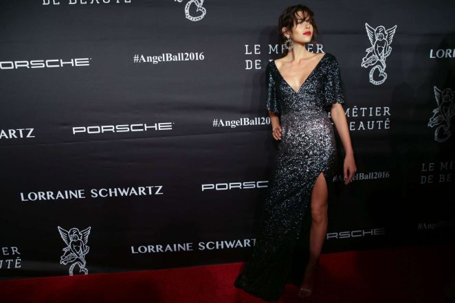 Georgia Fowler: Gabrielles Angel Ball 2016 -02