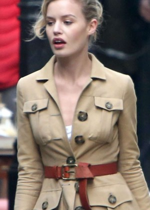 Georgia May Jagger - Filming a Commercial for Rimmel in Hampstead Village
