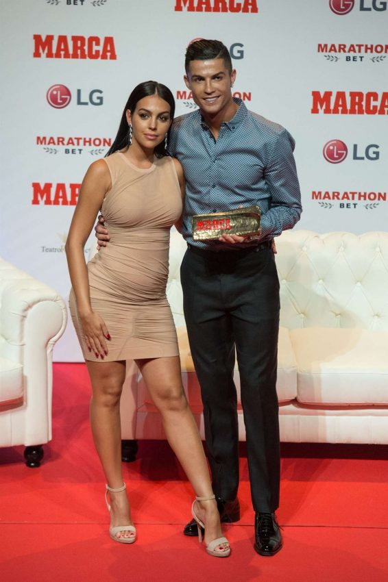 Georgina Rodriguez 2019 : Georgina Rodriguez – Cristiano Ronaldo Receives the 2019 Marca Legend Award-09