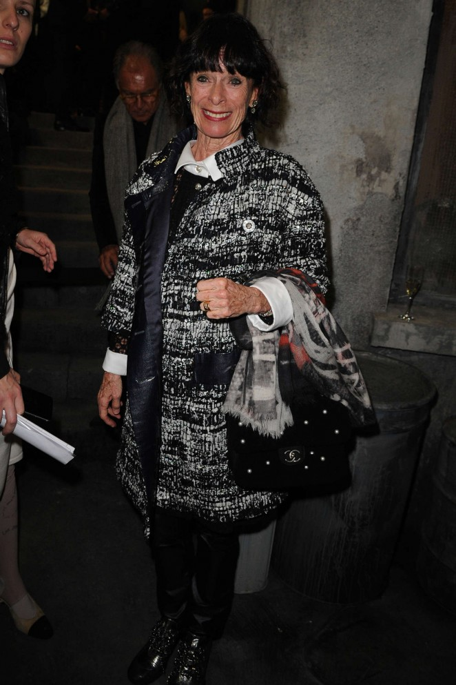 Geraldine Chaplin - Chanel Metiers d'Arts Fashion Show 2015 in Rome