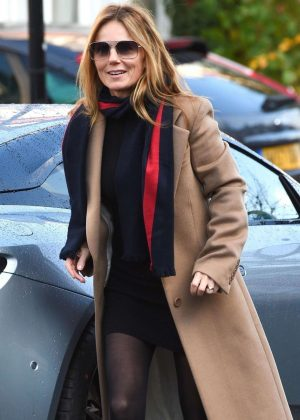 Geri Halliwell - Out in Hampstead