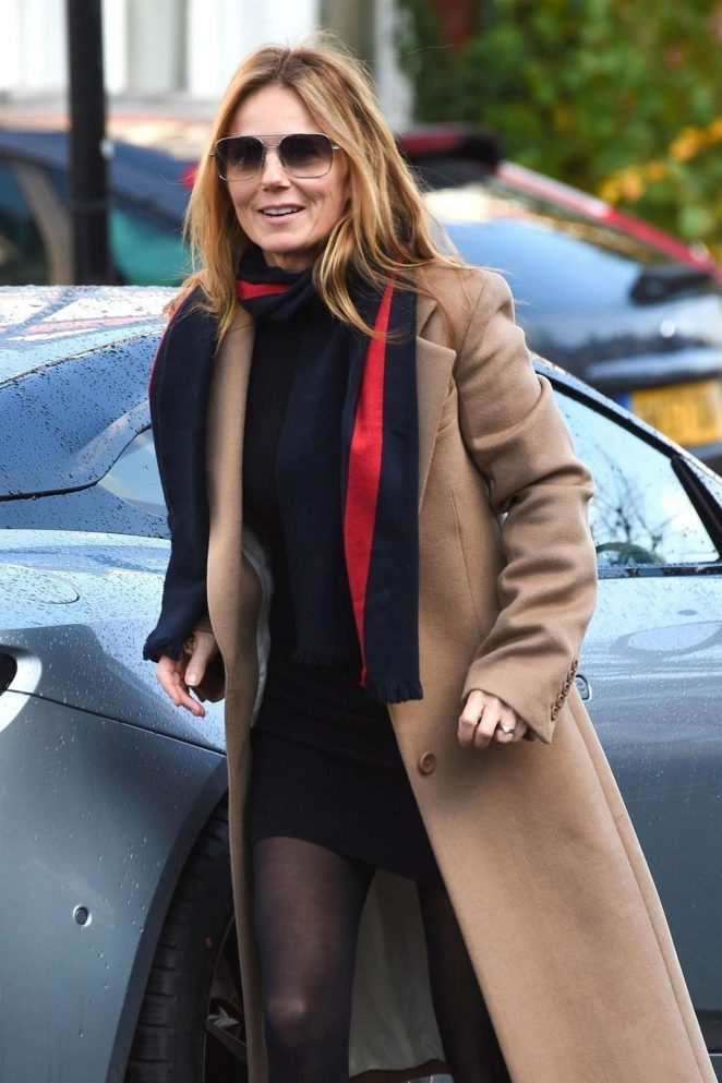 Geri Halliwell – Out in Hampstead