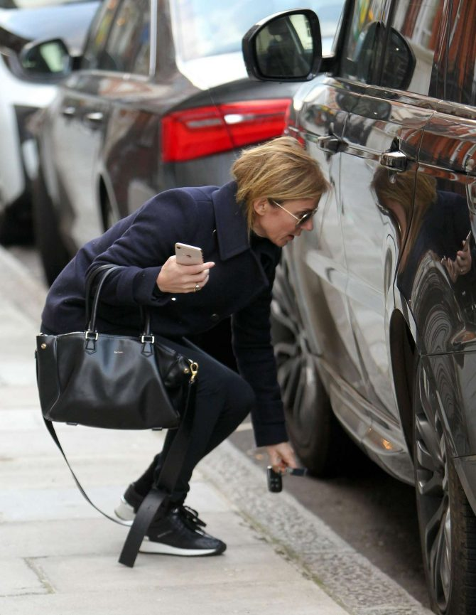 Geri Halliwell: Out in London -03