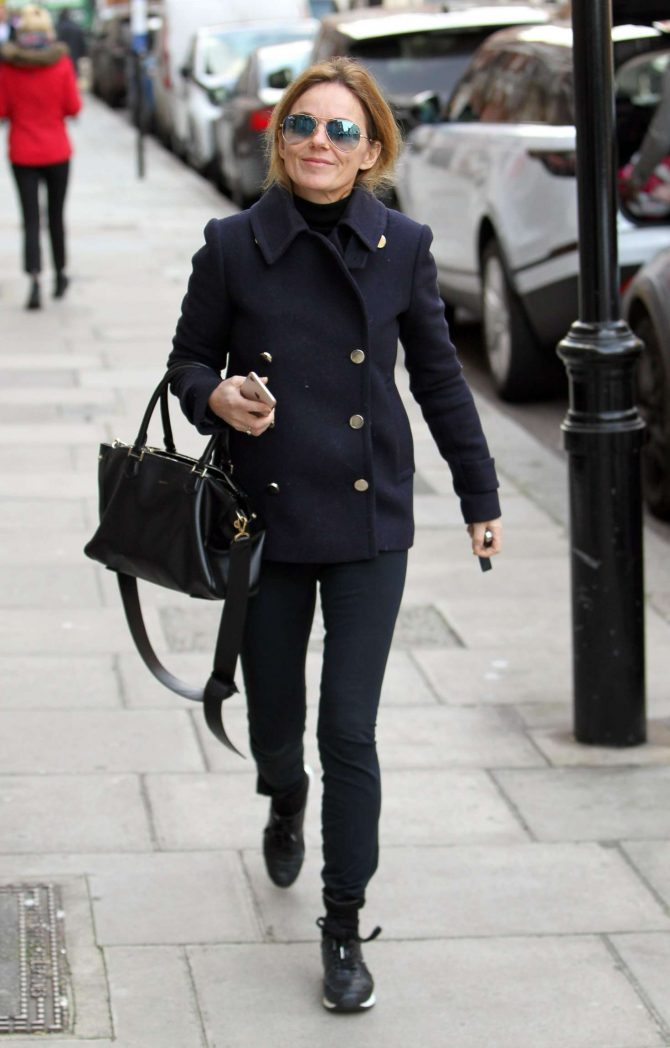Geri Halliwell: Out in London -05