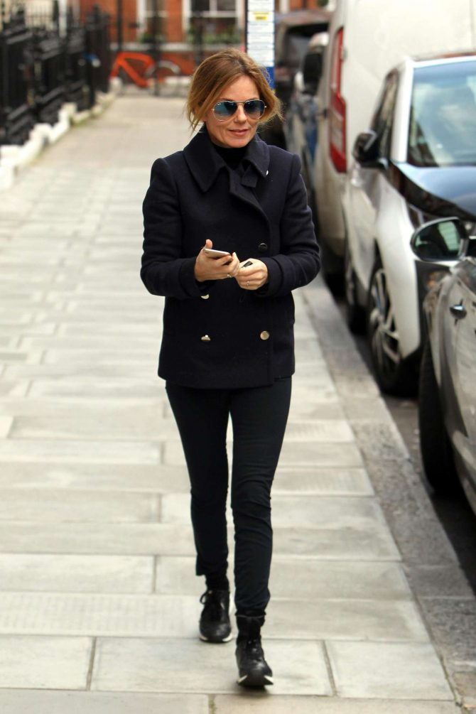 Geri Halliwell: Out in London -06
