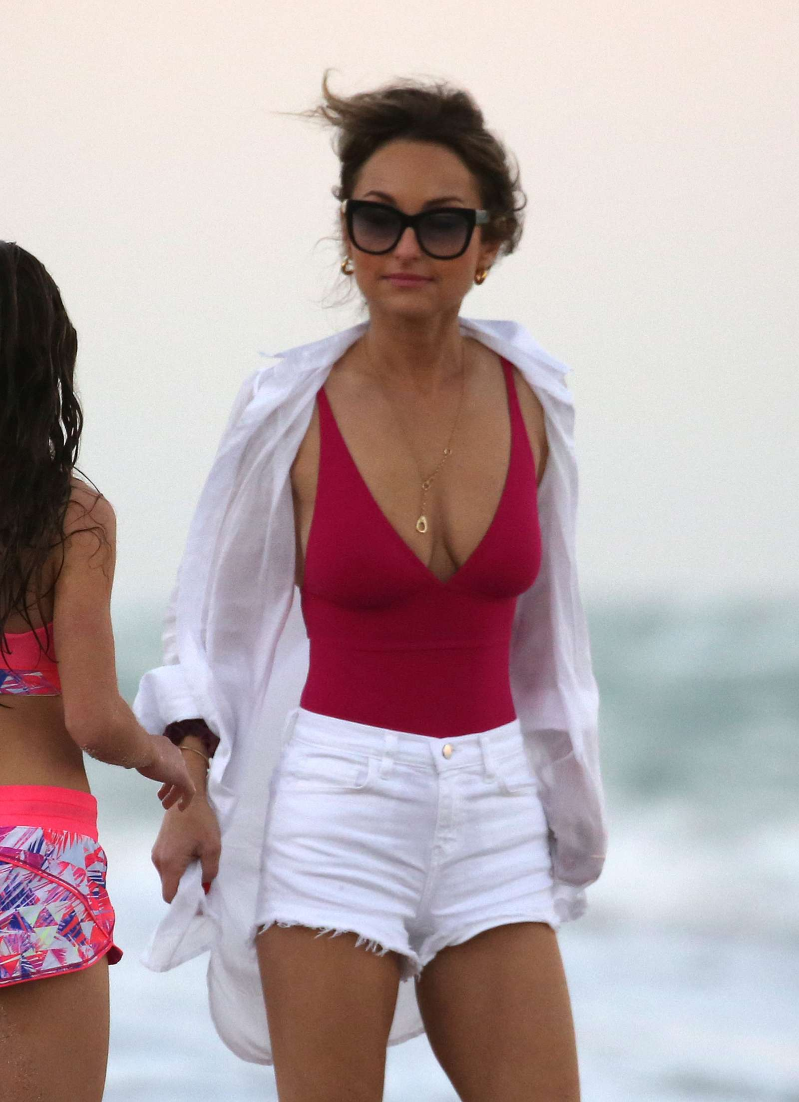 Giada De Laurentiis In Pink Swimsuit And Shorts 05 Gotceleb