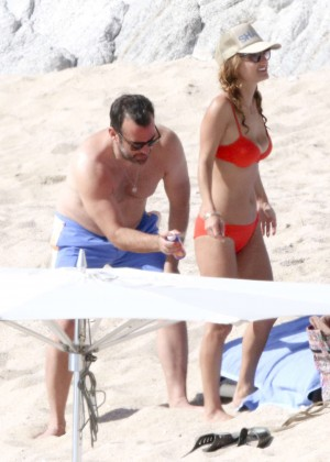 Giada De Laurentiis: Wearing a bikini in Los Cabos (adds)-13