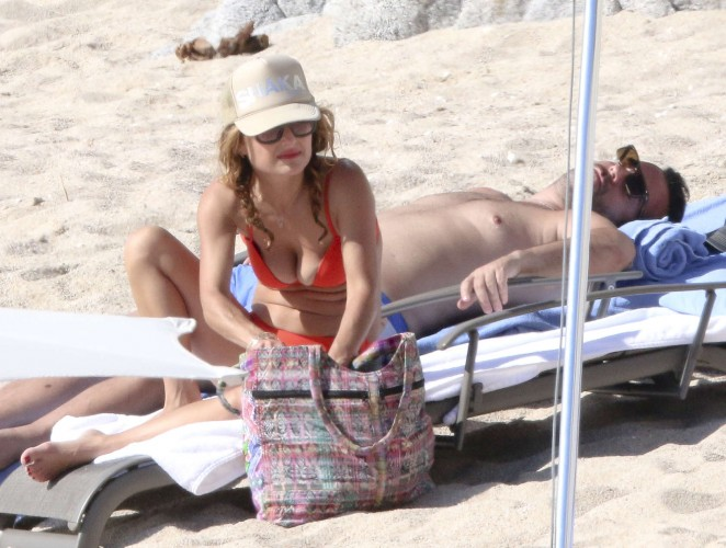 Giada De Laurentiis: Wearing a bikini in Los Cabos (adds)-15