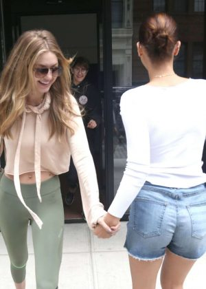 Gigi and Bella Hadid - Leaves Gigi's Apartment in NYC