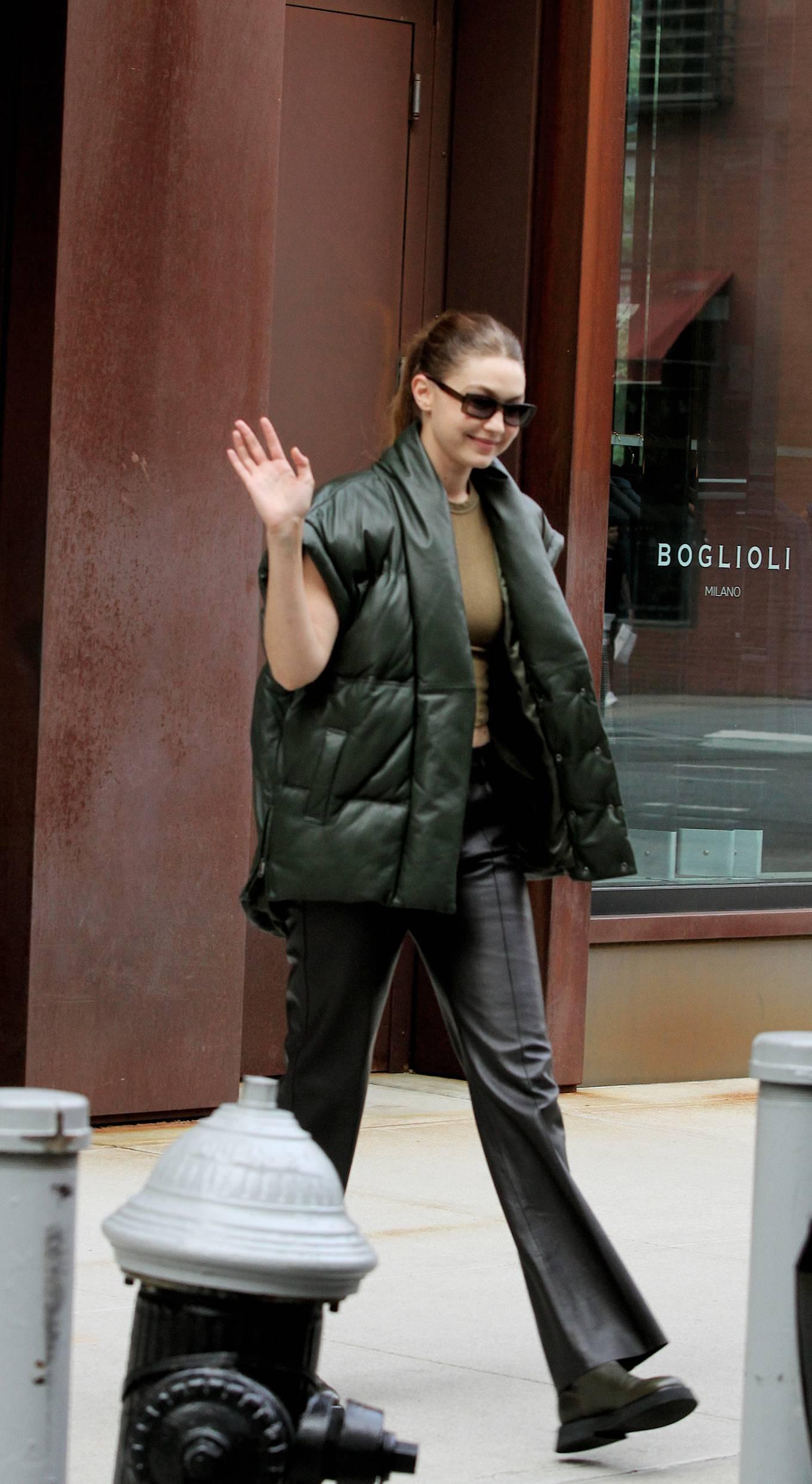 Gigi Hadad 2021 : Gigi Hadad – Seen Leaving her apartment in New York-13
