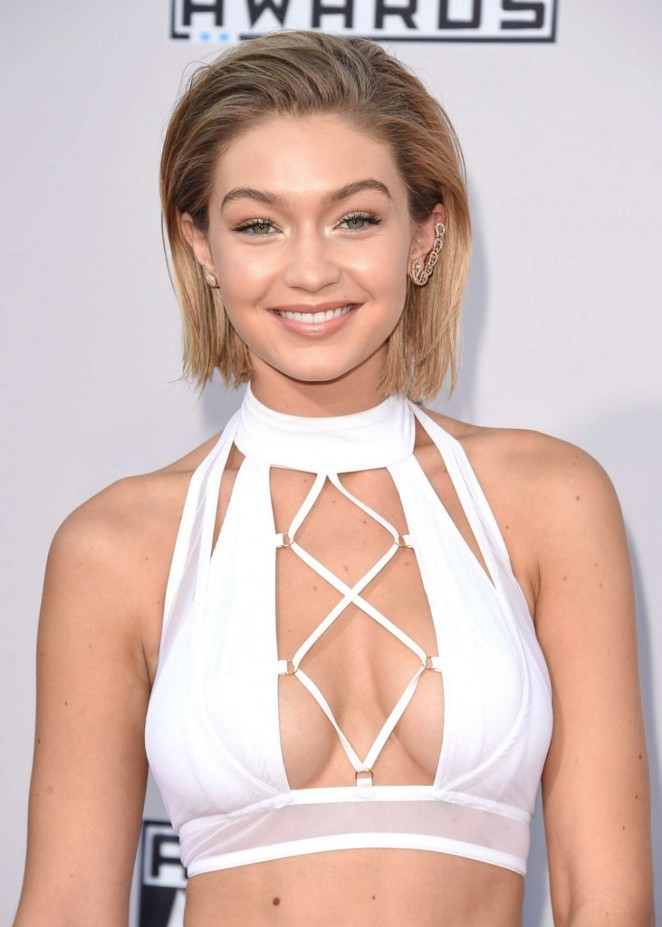 Gigi Hadid - 2015 AMA American Music Awards in Los Angeles