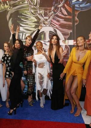 Gigi Hadid: 2015 MTV Video Music Awards -01