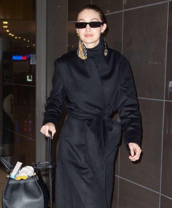 Gigi Hadid - Arrives at JFK Airport in NYC