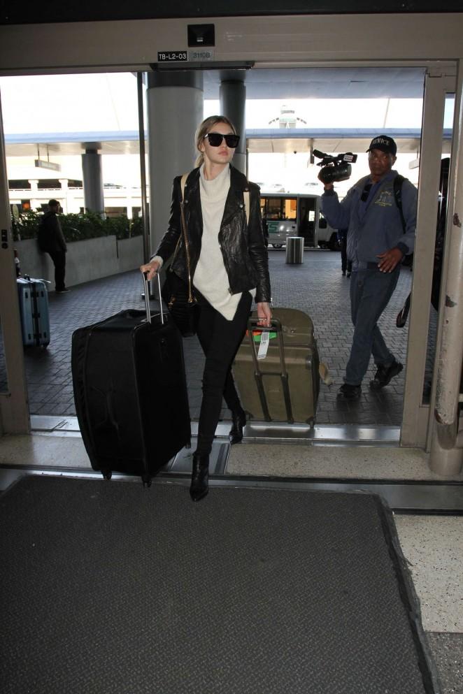 Gigi Hadid: Arrives at LAX Airport -05