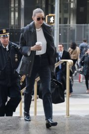 Gigi Hadid - Arrives at Manhattan Criminal Court in New York City