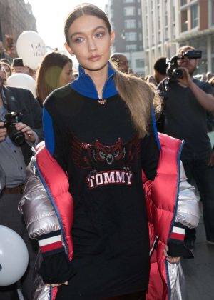 Gigi Hadid - Arrives at the Tommy Hilfiger Store in London