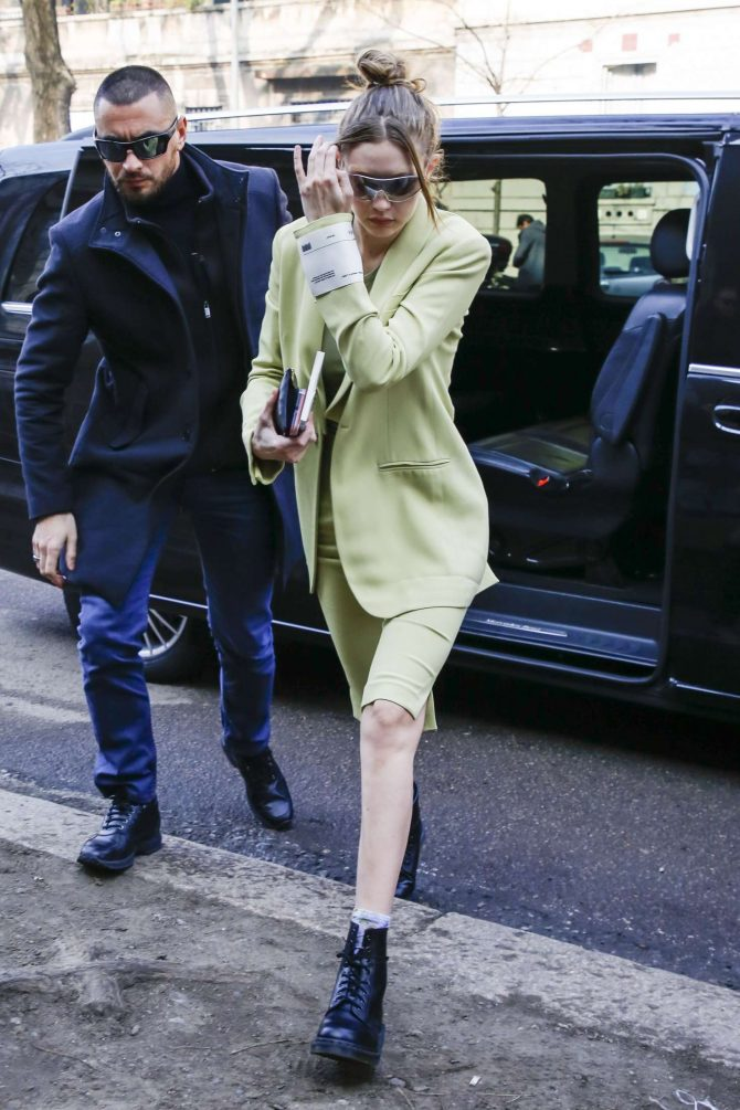 Gigi Hadid – Arrives to Fendi Fashion Show in Milan