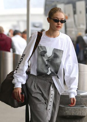 Gigi Hadid - Arriving at JFK airport in NYC