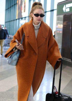 Gigi Hadid - Arriving at the airport in Milan