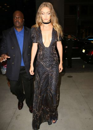 Gigi Hadid - Arriving at The Daily Front Row's 4th Annual Fashion Media Awards in NY