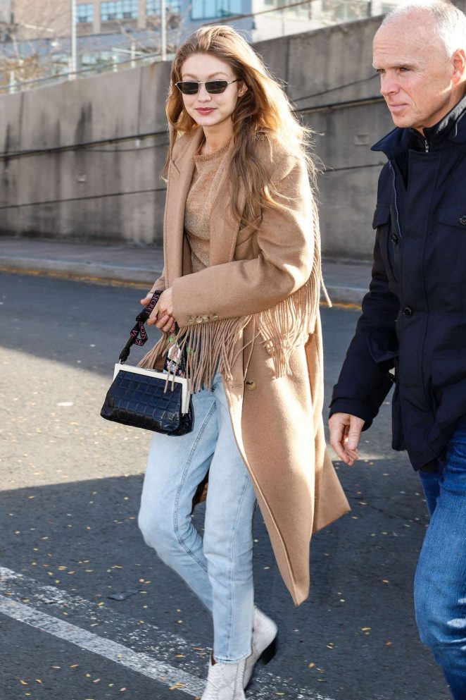 Gigi Hadid - Arriving at the Victoria's Secret Fashion Show in New York