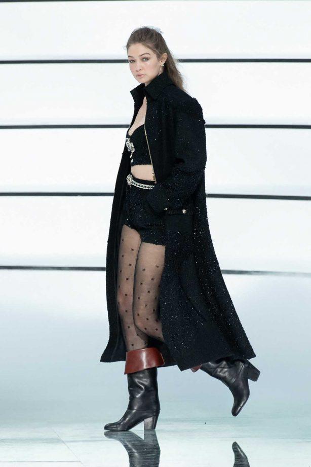 Gigi Hadid - Chanel Ready to Wear Runway Show in Paris