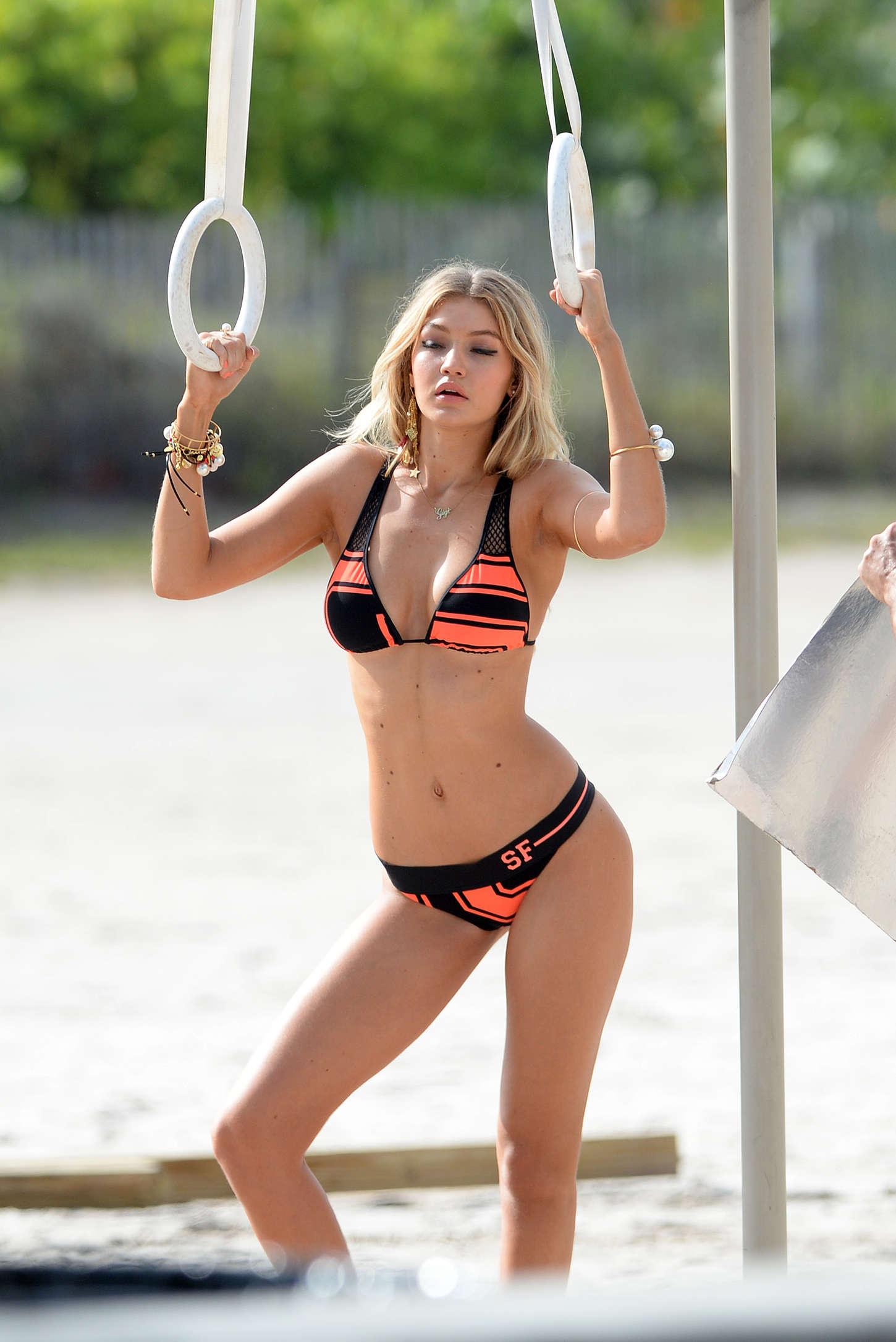 Gigi-Hadid:-Bikini-Photoshoot--06.jpg