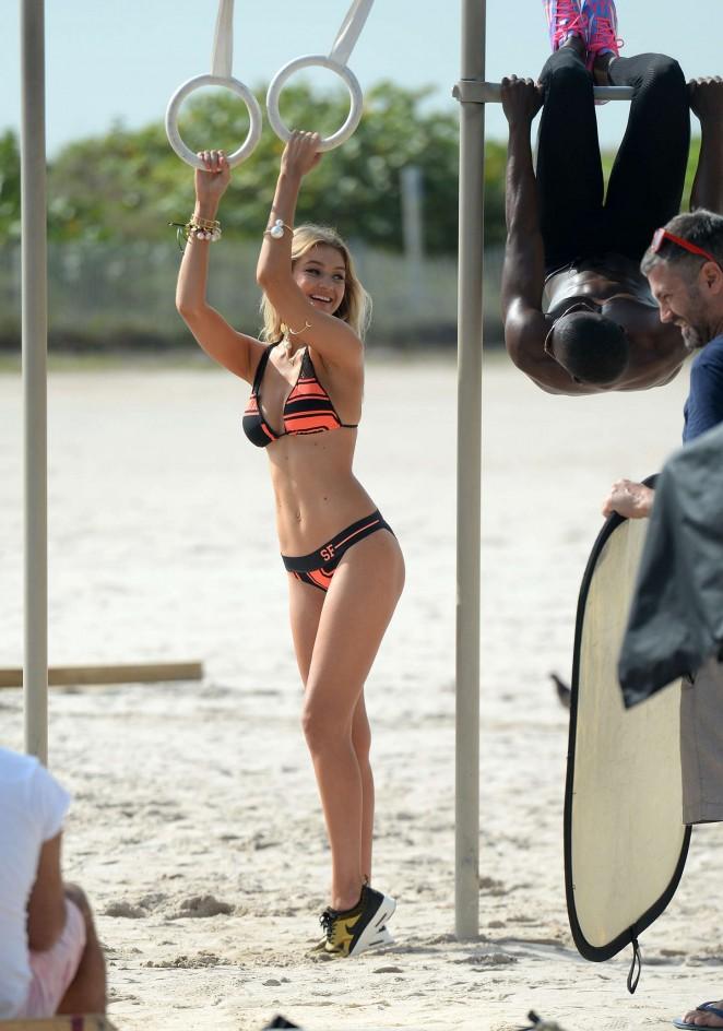 Elora Tahiti – Wearing Bikini at Gordon's Bay Beach in South Africa Pic 10 of 35