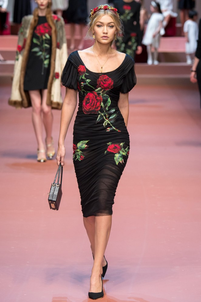 Gigi Hadid - Dolce&Gabbana Fashion Show 2015 in Milan