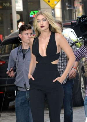 Gigi Hadid - Filming a Commercial in New York