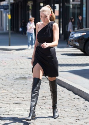 Gigi Hadid: Heading to a Photoshoot -44