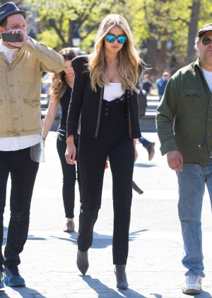 Gigi Hadid: Heading to a Photoshoot -48