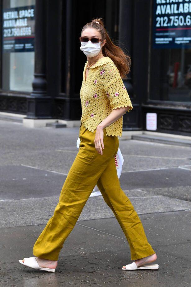 Gigi Hadid - Heads to the salon in New York City