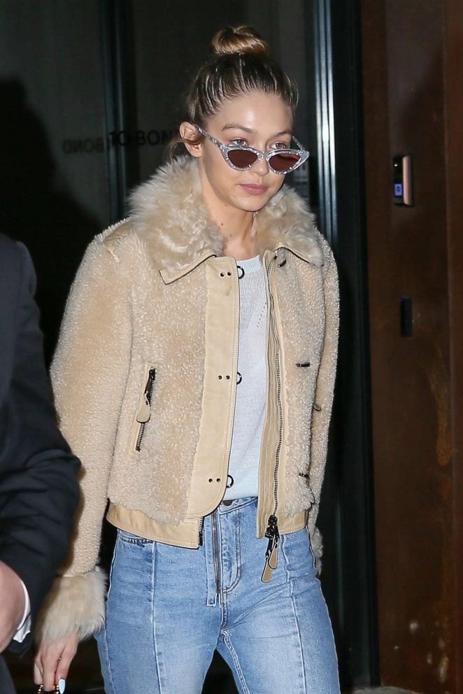 Gigi Hadid in Jeans Leaves her apartment in NY