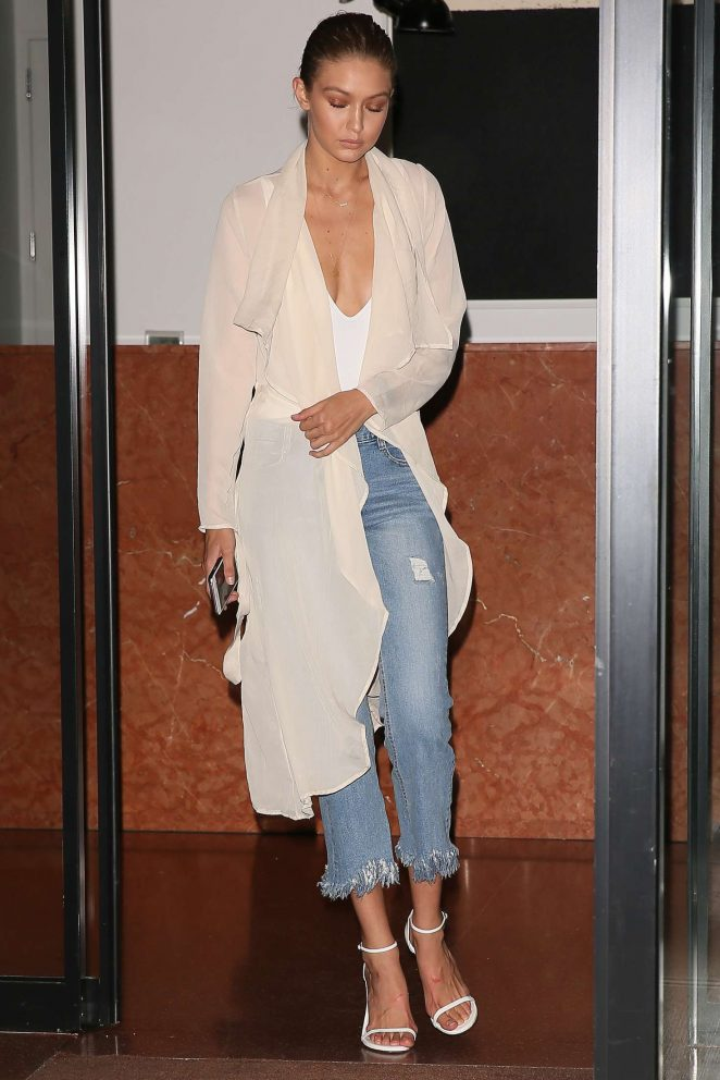 Gigi Hadid in Jeans Leaving her apartment -07