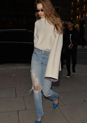 Gigi Hadid in Ripped Jeans - Out and about in London