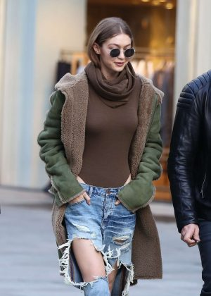 Gigi Hadid in Ripped Jeans Out in Milan