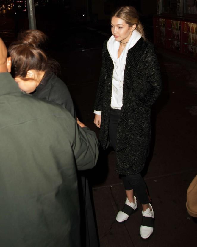 Gigi Hadid - La Esquina Corner Deli in New York