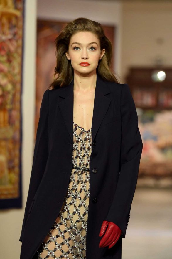 Gigi Hadid - Lanvin Runway Show 2020 in Paris
