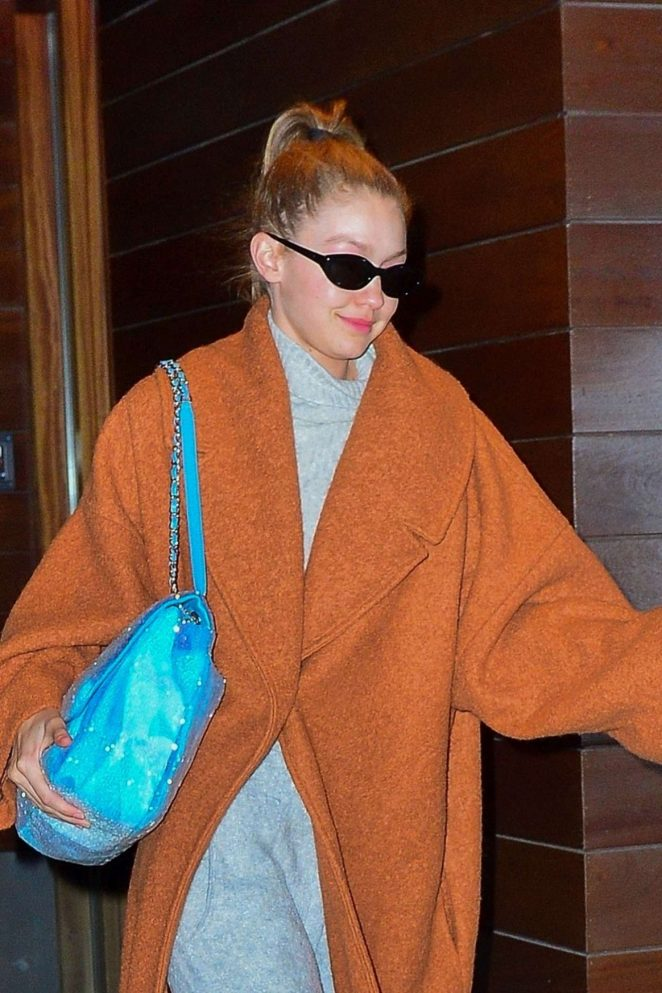 Gigi Hadid - Leaves Her Apartment in New York