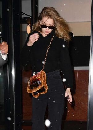 Gigi Hadid - Leaves her home in NYC