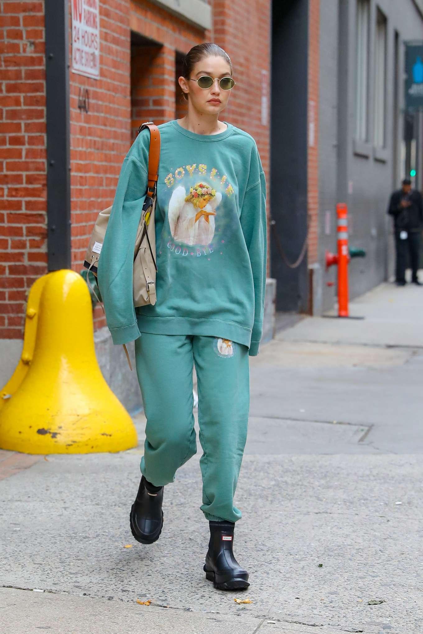 Gigi Hadid - Leaving a photoshoot in New York