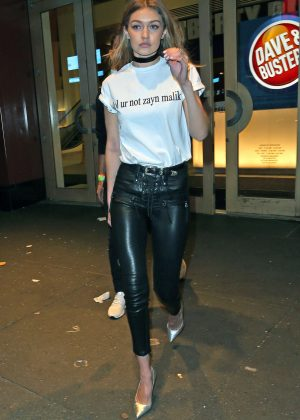 Gigi Hadid - Leaving Drakes Saturday Night Live After Party in NYC