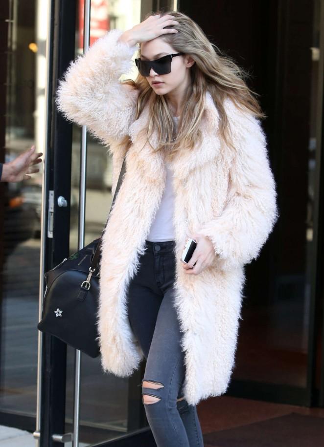Gigi Hadid – Leaving her apartment in New York City