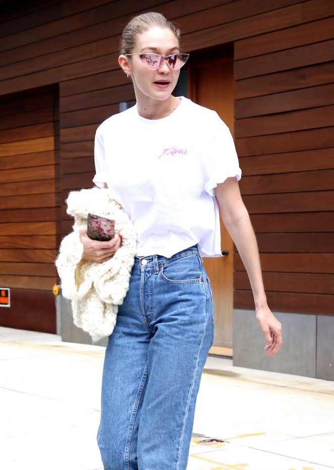 Gigi Hadid Leaving her home in New York