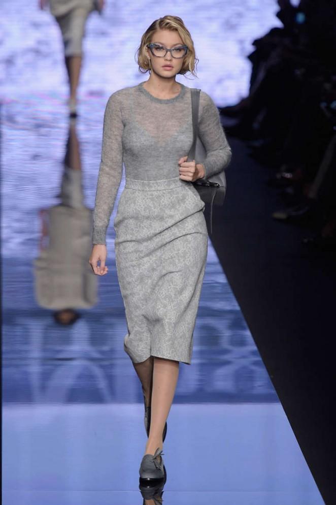Gigi Hadid Max Mara Fashion Show 2015 03 Gotceleb