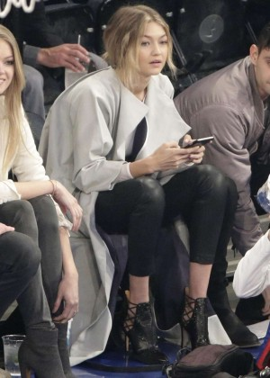 Gigi Hadid - New York Knick Game in NYC