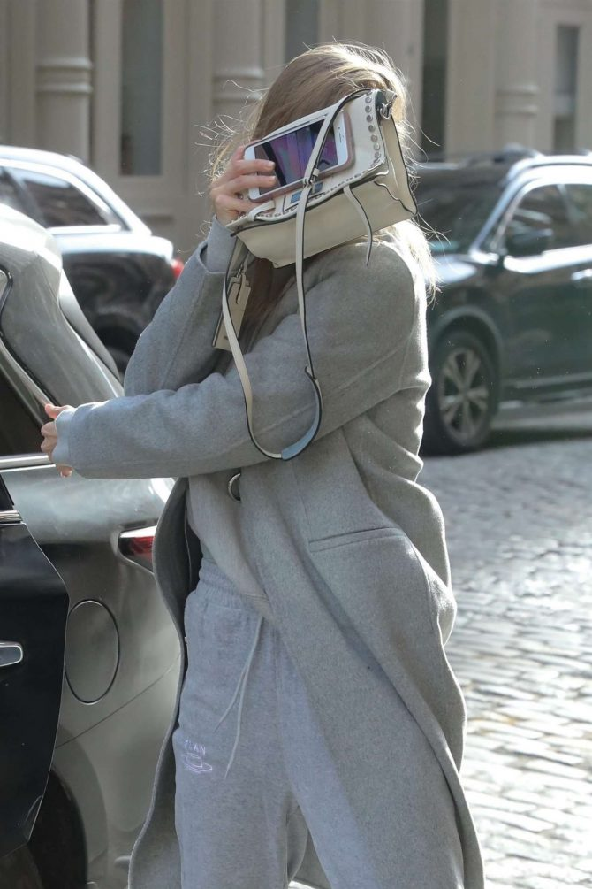 Gigi Hadid – Out and about in NYC