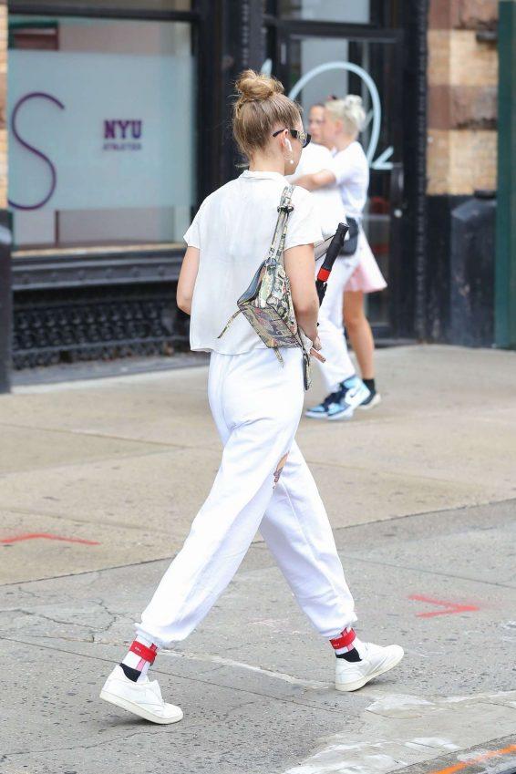 Gigi Hadid 2019 : Gigi Hadid – Out in NY-01